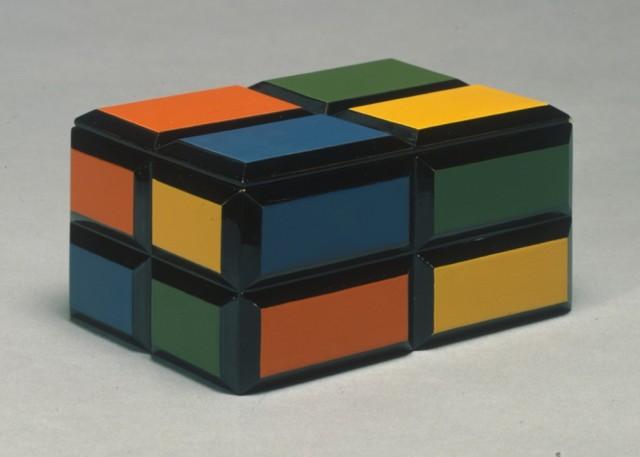 柏崎栄助(デザイン)沖縄漆工芸組合紅房(制作)「色漆手箱」1934-42年