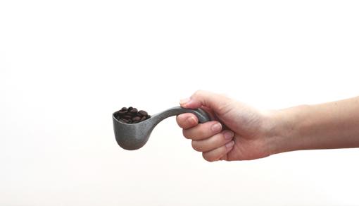 珈琲豆を10G計るためのスプーン(CAPIME coffee ・亀谷靖之 / CRITIBA・坂下和長)
