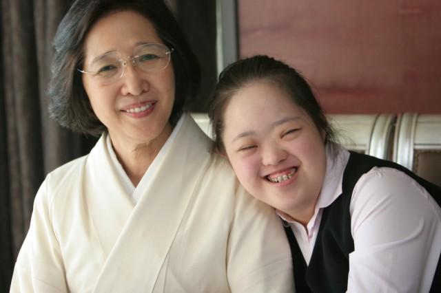 母泰子と翔子