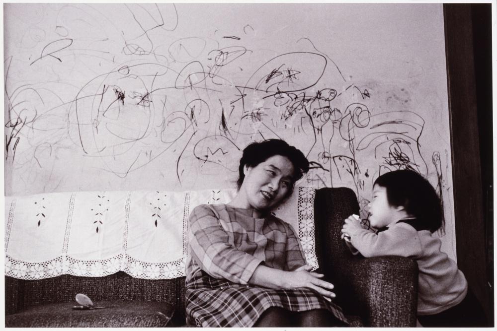 片山攝三《片岡球子》 1964 当館蔵
